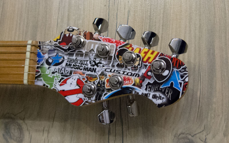 Musicman Axis Stickerbomb Hals